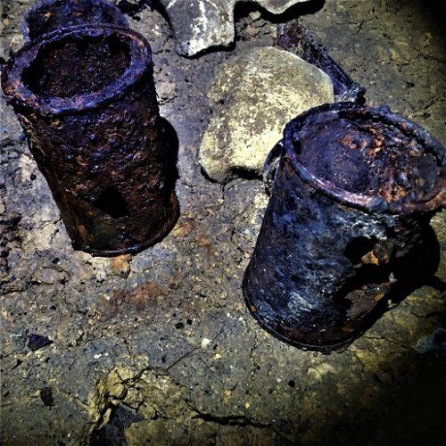 糸満市の丘陵内墓地群にある「富嶽山陣地壕」